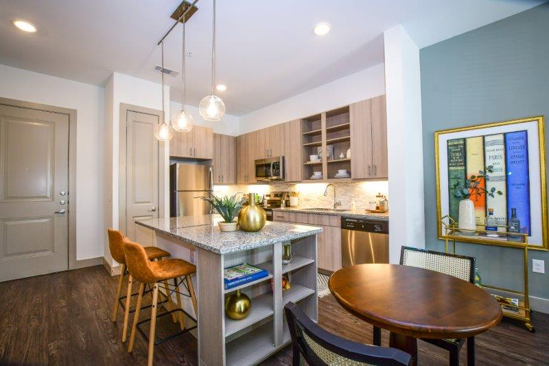 Apartments and Townhomes with Yards in Dallas | The Brickyard