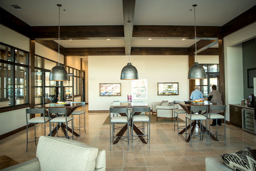 The Leasing center, combining comfort & technology