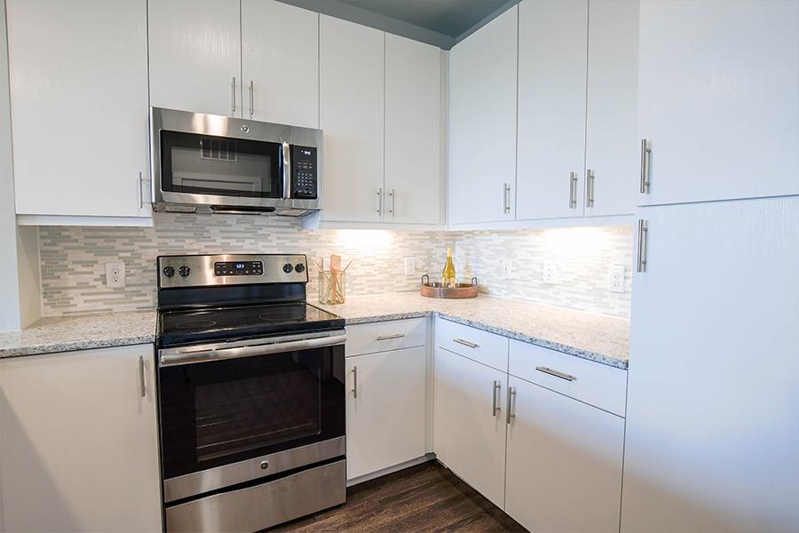 Stainless steel appliances and under-cabinet lighting