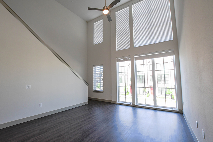 Expansive windows in Townhome units